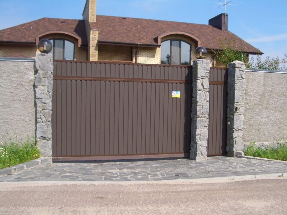 заборы с откатными воротами